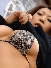 Asian model Jun likes to show off her ass